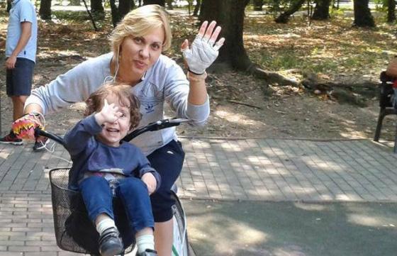 Roxana alearga pentru HOSPICE