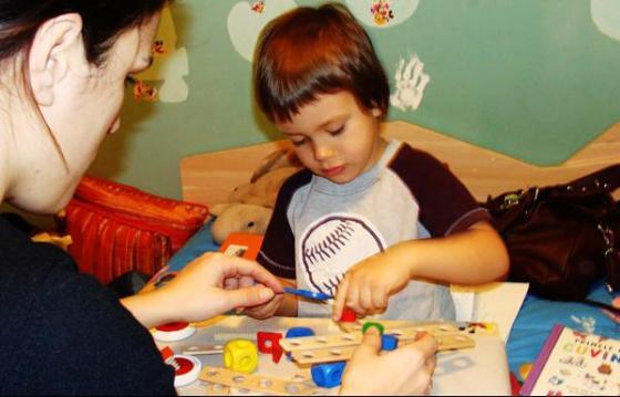 În sprijinul copiilor cu autism