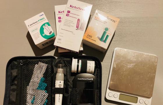 Kit-uri keto pentru monitorizarea dietei ketogenice medicale