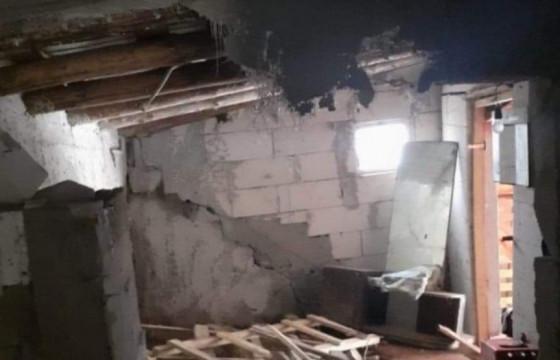 Caz urgent de realocare  a unei familii ,a carei casa a fost afectată de alunecări teren
