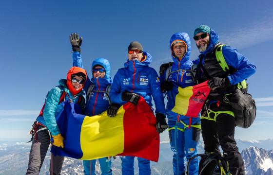 Echipa Climb Again pe Varful Elbrus