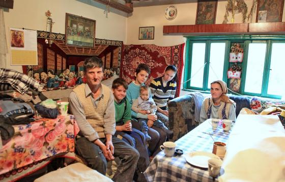 Alaturi de familia Nechita din Luncani, Hunedoara