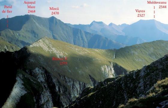 Ghiduri ample Munții Făgărașului, cei mai importanți din România